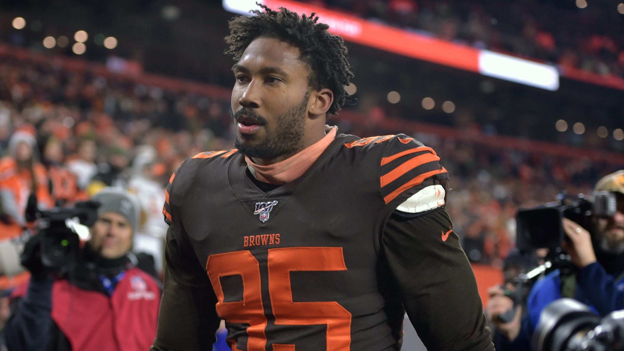 Myles Garrett Likely Won T Face Charges For Attack On Qb Mason Rudolph