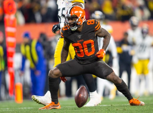 Cleveland Browns Win Over Pittsburgh Steelers Marred By Brawl