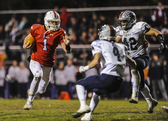 Wall hosts Lacey in football in the NJSIAA Central Group III football semifinal in Wall on Nov.15, 2019.