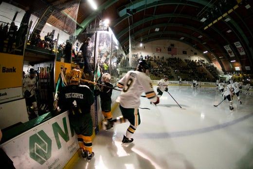 No. 16 Boston College hands UVM men's hockey its 5th straight loss