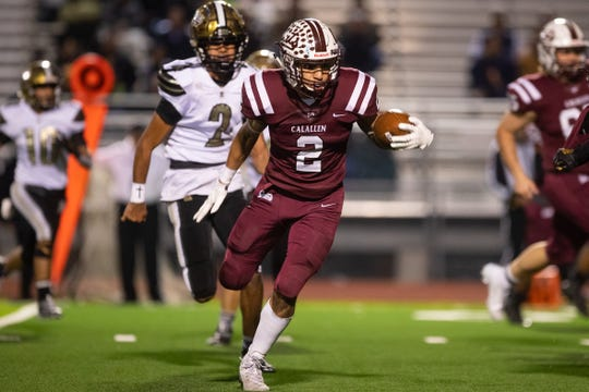 Calallen defeats Edcouch-Elsa  35-0 in the 5A D-II bi-district playoff round on Friday, Nov, 15, 2019.