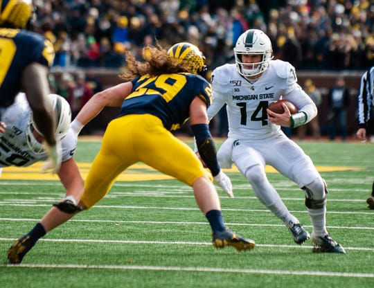 Michigan State quarterback Brian Lewerke and the Spartans need to win out to qualify for a bowl game this season.