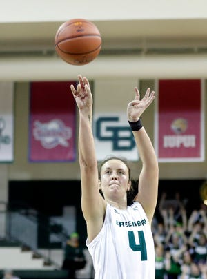 UWGB guard Caitlyn Hibner finished with a game-high 16 points in the Phoenix's 72-45 win over Detroit at the Kress Center on Friday.
