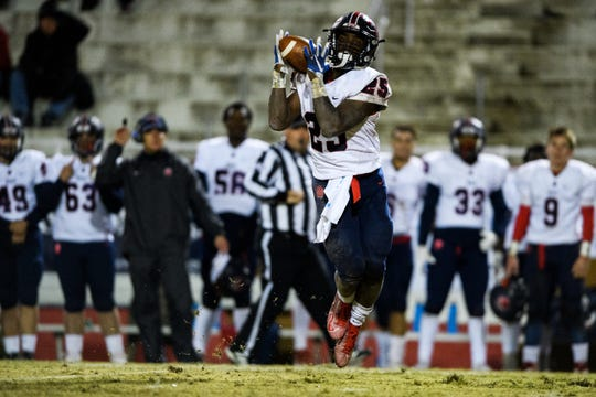 BHP's RJ Ellis (25) catches the ball during their game against Greenville Friday, Nov. 15, 2019.