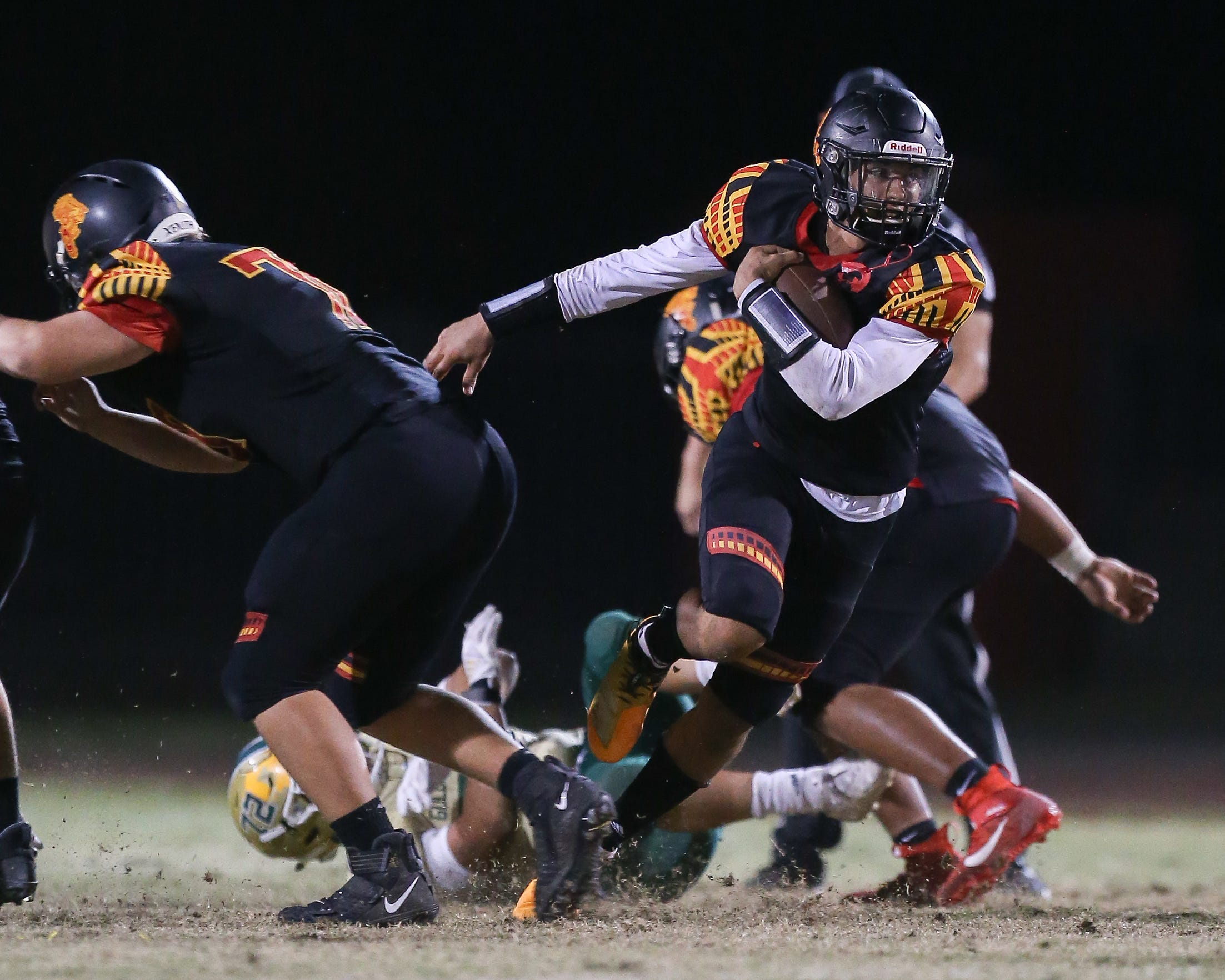 Palm Desert quarterback Zavier Hill-Kemp