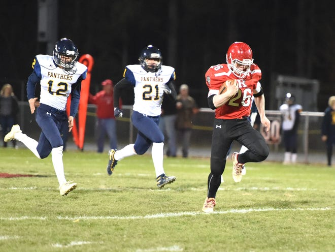 Noah Smiley breaks loose for a 64-yard touchdown run in the first quarter of Riverheads win over Rappahannock County Friday in the Region 1B playoffs.
