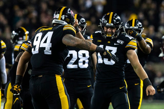 Leistikow S Thoughts A True Kinnick Edge Bold Play Calling