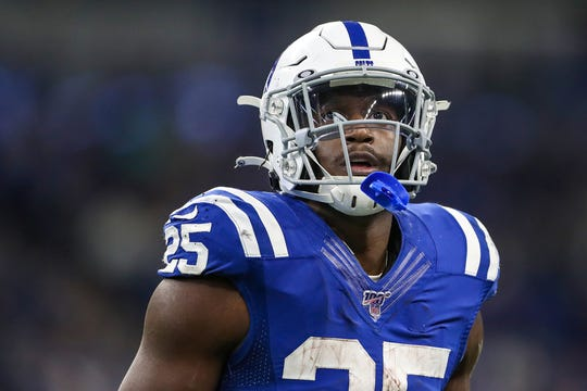 Indianapolis Colts running back Marlon Mack (25) will suit up against the Tampa Bay Buccaneers this Sunday.