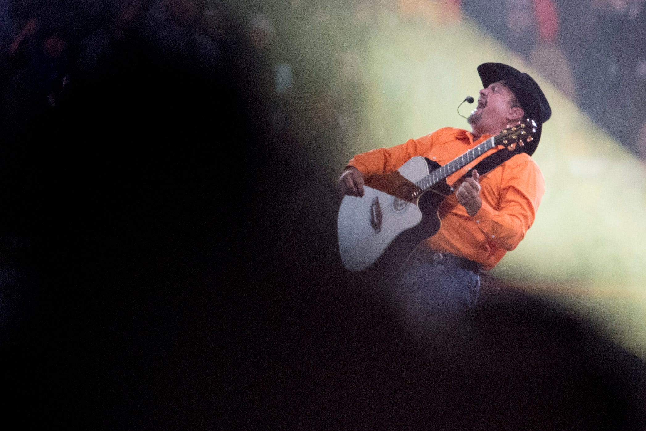 Everything Garth Brooks sang at his Knoxville Neyland Stadium show - Knoxville News Sentinel