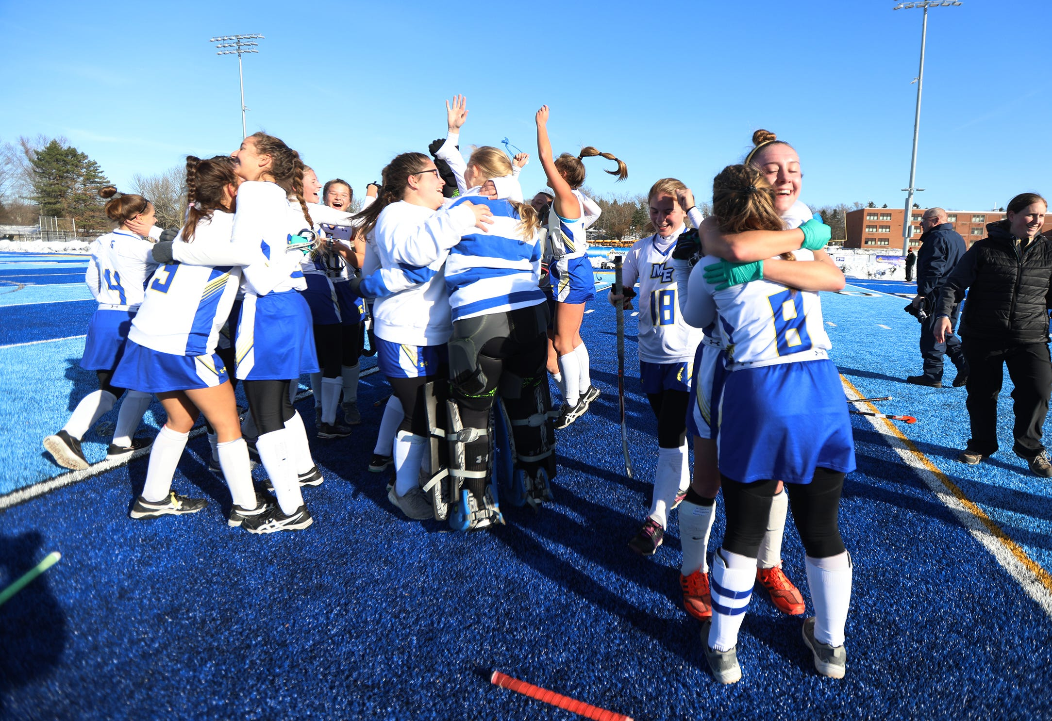 Class A field hockey: Maine-Endwell repeats as state champion - Democrat & Chronicle