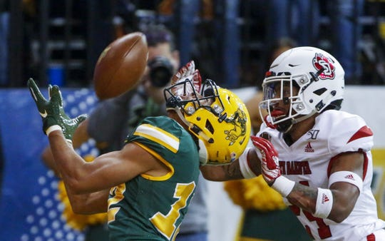 The NDSU Bison routed the USD Coyotes Saturday with a 49-14 win.