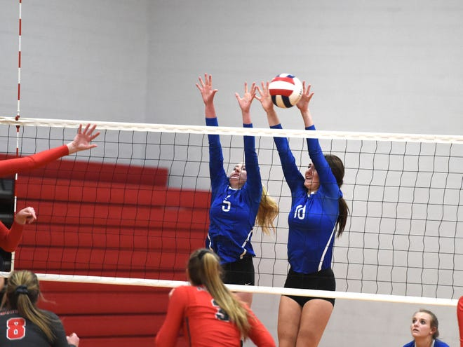 Fort Defiance players and coaches will hold a youth volleyball camp Saturday at the school.