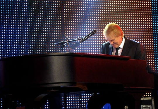 "John Tesh gets into ""Songs and Stories from the Grand Piano."""