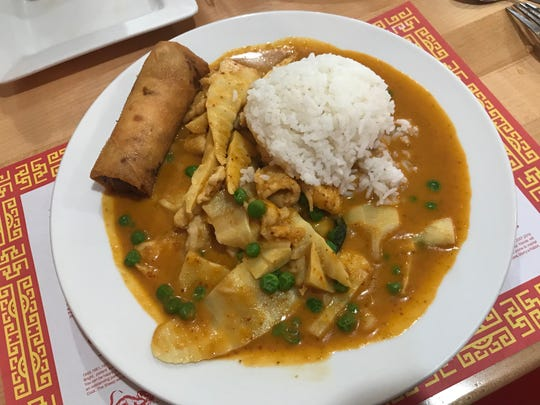 The Kang chicken curry at Nut Pob.