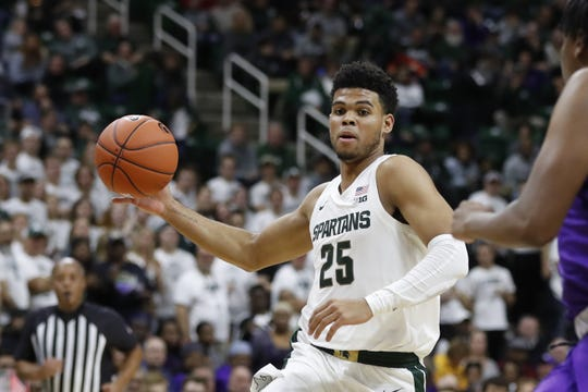 Michigan State forward Malik Hall was named Big Ten co-freshman of the week on Monday.