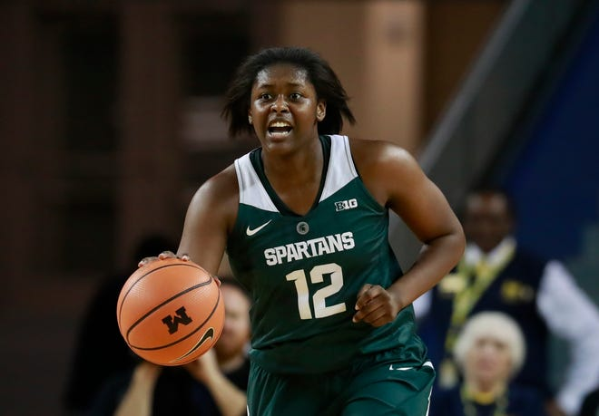 Nia Hollie and Michigan State are ranked No. 15 in this week's women's college basketball poll.