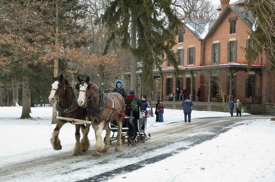 South Creek Clydesdales will offer horse-drawn sleigh and trolley rides.