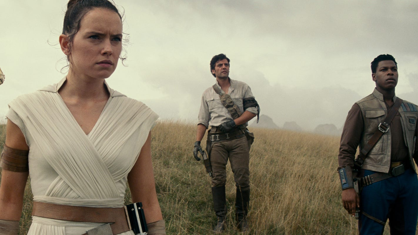 3 Michigan theaters to play new 'Star Wars' movie for 30 hours straight