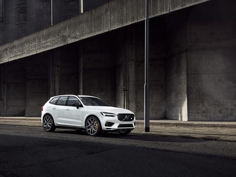 The 2020 Volvo XC60 T8 E-AWD Polestar Engineered model gets drivers' juices flowing with a zero-to-60 mph acceleration time of 4.9 seconds, as well as good handling and well-weighted steering.