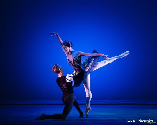 """Marena Perez (right) and Daniel Ramirez Saez (left) from the Mauro Ballet Company of Puerto Rico will be the guest artists for Shreveport Metropolitan Ballet's """"The Nutcracker"""" on Dec. 14-15 at Riverview Theater."""
