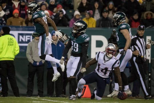 Philadelphia's Craig James (39) celebrates after a stop on a kickoff return during the Nov. 17, 2019 game against the Patriots.