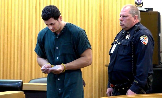 John Ozbilgen, ex-boyfriend of Stephanie Parze, killed himself after Judge Paul Escandon released him.