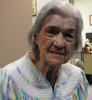 Phyllis Knuth
