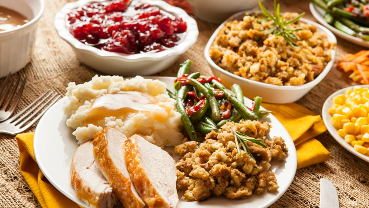 Mount Shasta S St Anthony S Offers Thanksgiving Dinners For Those In Need