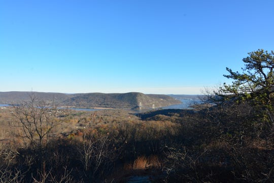 The first viewpoint on the trail up to The Torne offers a peek at the Bear Mountain Bridge.
