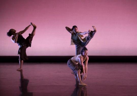 FSU School of Dance students performing in Nancy Smith Fichter Dance Theatre.