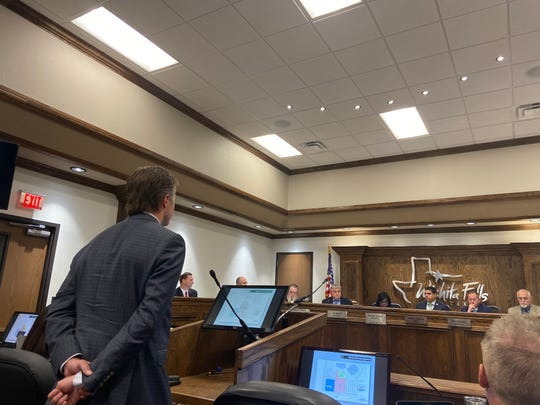 Tim O'Reilly, CEO of O'Reilly Hospitality speaks Tuesday before the Wichita Falls City Council.