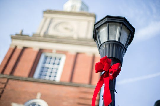 The Austin Peay State University campus is decked out in holiday flare on Thursday, December 8, 2016. (Cassidy Graves, APSU)