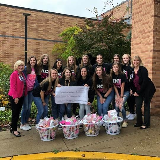 Hunterdon Central Regional High School girls volleyball donates to Hunterdon Regional Cancer Center. Front row (left to right): Ellie Hilgen, Kaitlyn Bristol, Sabrina Campos, Emily Melak – Team Manager, Ava Rogerson.  (Left to right) back row: Barbara Tofani, DNP, RN, NEA-BC, Administrative Director, Hunterdon Regional Cancer Center, Anne Mahler, Anna Wallendal, Nadia Belkin, Miranda Barbee, Sydney Eckhardt, Camryn Paulson Lilli Nawrotzki, Amanda Shirk and Jill Pelonero, RT, Radiation Oncology Manager. Not pictured: Gina Pansari, Grace Sollner, Kevin Jones, Varsity Coach; Donovin Dinson, JV Coach and Jimmy Pompeo, Freshman Coach.