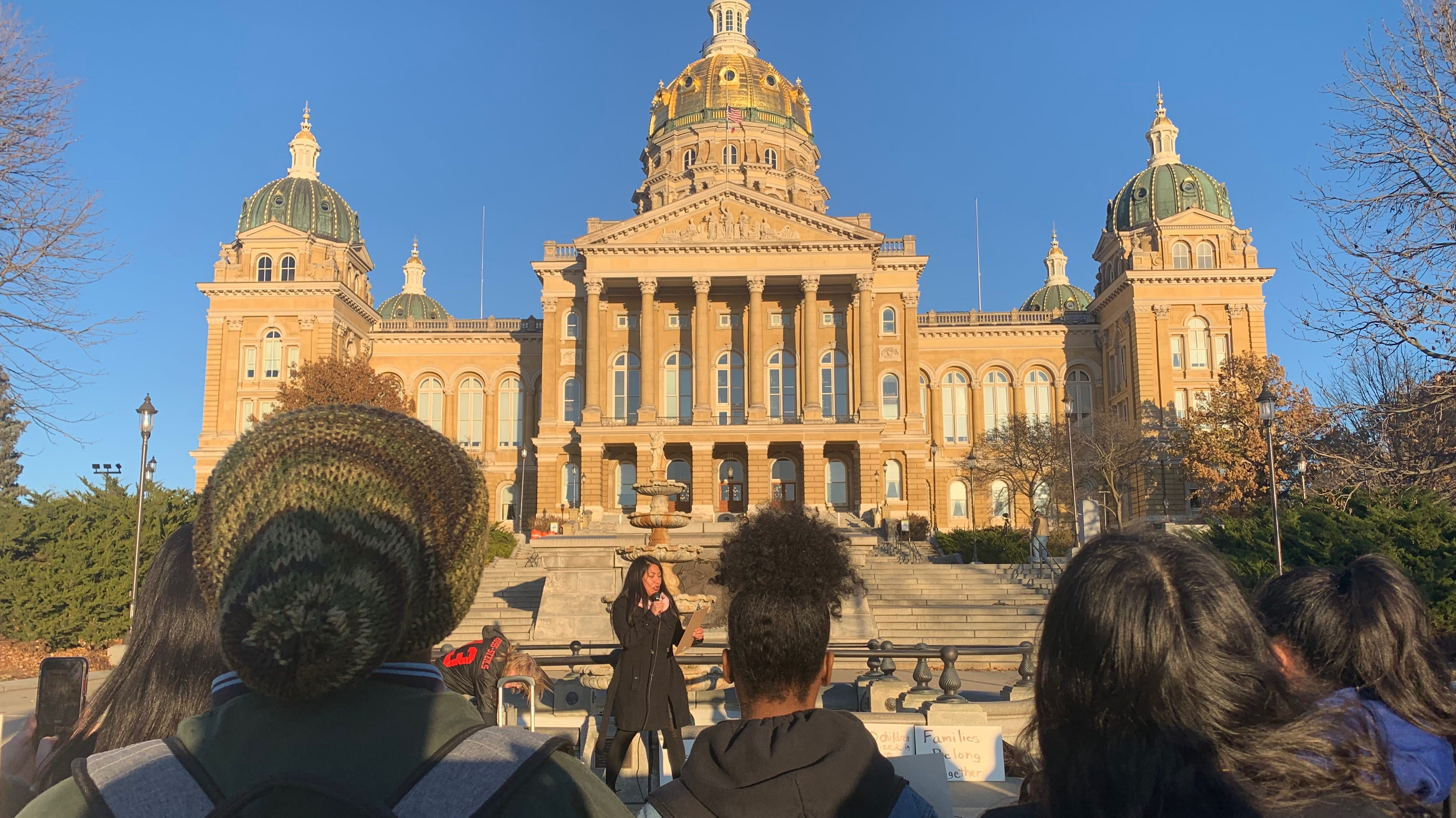 Students march to Capitol for immigration reform