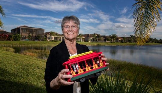 Fort Myers resident Mary Manz Simon was a friend to the late Mr. Rogers, and she served as a consultant on the new Tom Hanks movie.