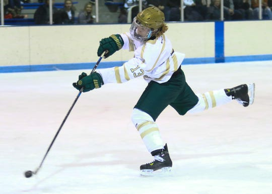 Steven Miller fires the game-winning goal with 1:30 remaining, giving Howell a 4-3 victory over Novi on Tuesday, Nov. 19, 2019.