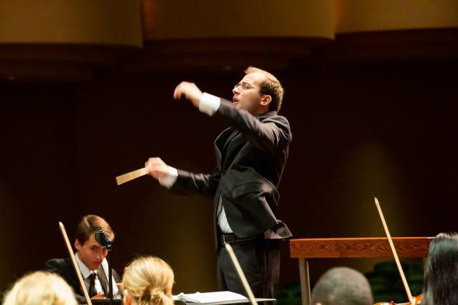 Radu Paponiu conducting at Hayes Hall