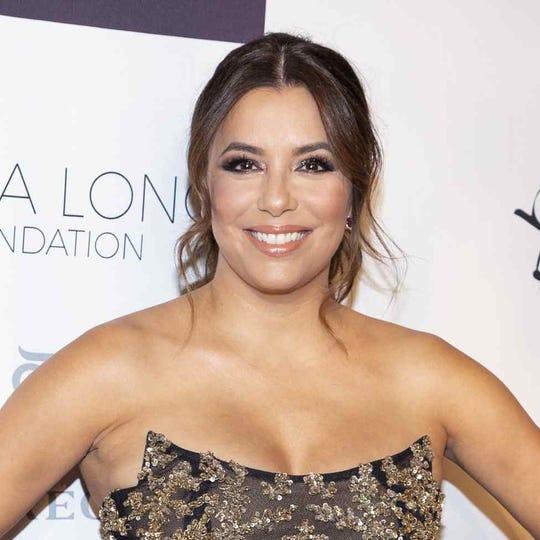 Eva Longoria ahora estuvo acompañada por Carlos Rivera en la Gala anual de Global Gift Foundation.