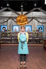 Contestants Sarah Wallace, as seen on Holiday Baking Championship, Season 6.