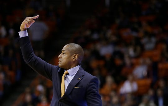 UTEP defeated UNM Tuesday night in an back and forth battle ending with the Miners on top 66-63.