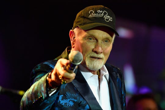 Mike Love of the Beach Boys performs in Phoenix in 2017.