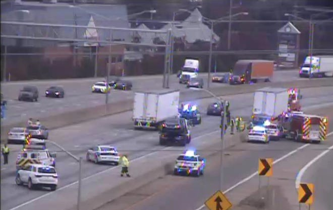 A crash at I-71/I75 north and Buttermilk Pike in Kenton County that had all lanes blocked this morning has been cleared and the lanes are all open.