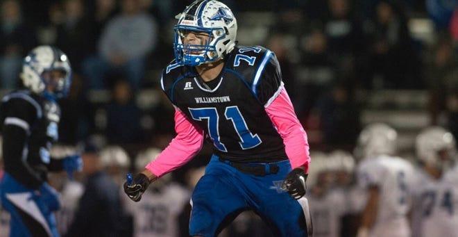 Williamston (N.J.) defensive lineman Aaron Lewis
