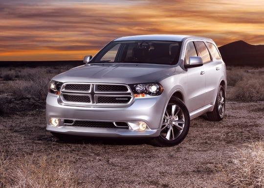 Fiat Chrysler is recalling certain 2011-13 Dodge Durango and Jeep Grand Cherokee SUVs.
