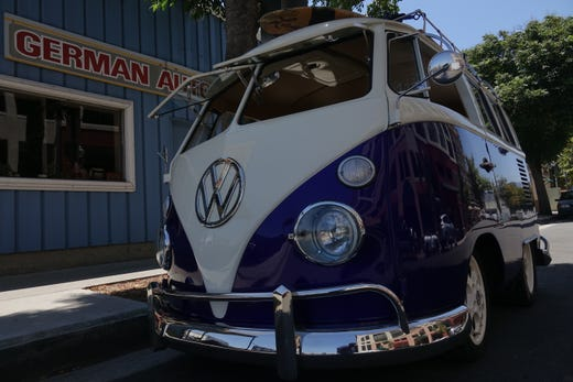McCormick's Classic Car Auction: Electric 1966 VW Bus among vehicles on the block in Palm Springs