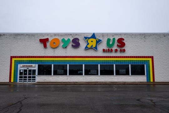The former Toys R Us in Fort Gratiot has been purchased by Godwin's Furniture. The company hopes to open the business by March.
