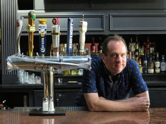Jeff Walker, a former managing partner of JJ Brewsky's Restaurant & Bar in Camarillo, is returning to the same address with a new business: the second location of Twisted Oak Tavern & Brewery, which he opened with head brewer Roger Bott in Agoura Hills in 2015.
