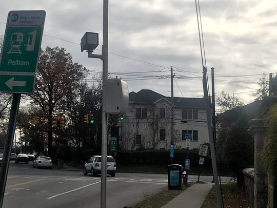 Red-light camera at Columbus and Lincoln avenues in Mount Vernon. In 2015, the first year of the camera, there were 16 accidents, up from the 10 accidents the year before. The figure has since dropped down and there were 7 accidents there in 2017.