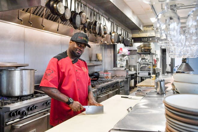 """Local chef Clarence Robinson appeared on """"Cutthroat Kitchen."""""""