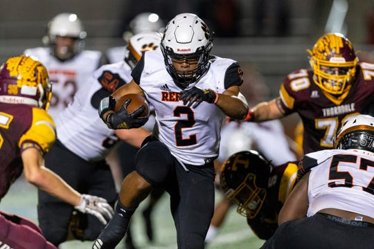 Naaji Gasden rushed for two touchdowns in the second as Refugio beat Thorndale 49-20 in the 2A D-II area round on Nov. 21, 2019.